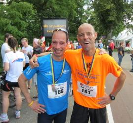Pittige haasklus voor topper Mark tijdens de Maasdijk Marathon 2012
