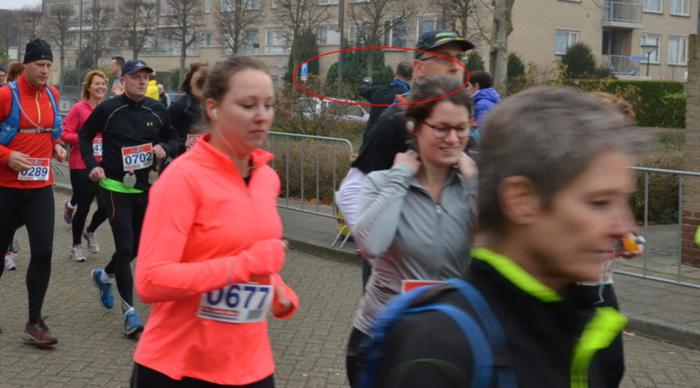 Overleg vlak na de start met Merit en Ans - Ja, daar heb ik gelopen.. - Foto: Jan van den Eshof, André Lindhout en/of Wijnand Hollander