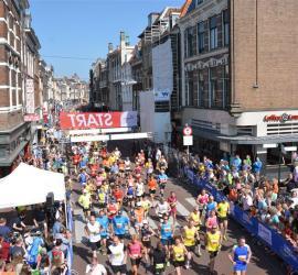 Leiden marathon 2014 … beetje warm!