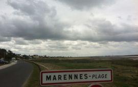 Het strand van Marennes, in de bewolking