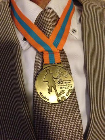 De medaille van mijn snelste marathon is voor jou, jij bent mijn held!