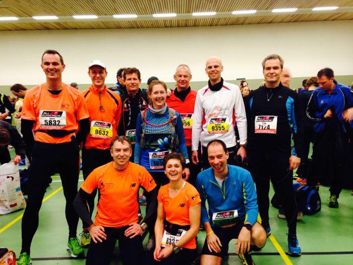 Fotomomentje met Kees, Thierry, Ron, Ingrid, Cor, Ruben en Erik en op de voorgrond Marco, Petra en RR