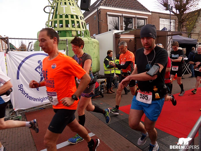 De start van de marathon - Foto: organisatie Berenloop