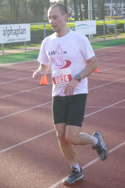 Niet mijn allerbeste finishfoto - 10KM in 40:18 - Foto: Kees - @redsoxrunner