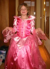 Michelle in haar nieuwe roze jurk