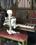 De organist speelde tot aan het gaatje