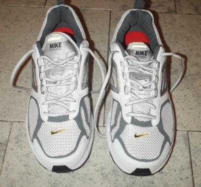 Nike+ air max moto